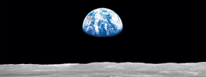 Earthrise-Crop-4