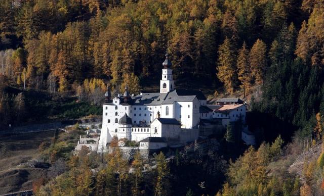 Kloster_Marienberg_01